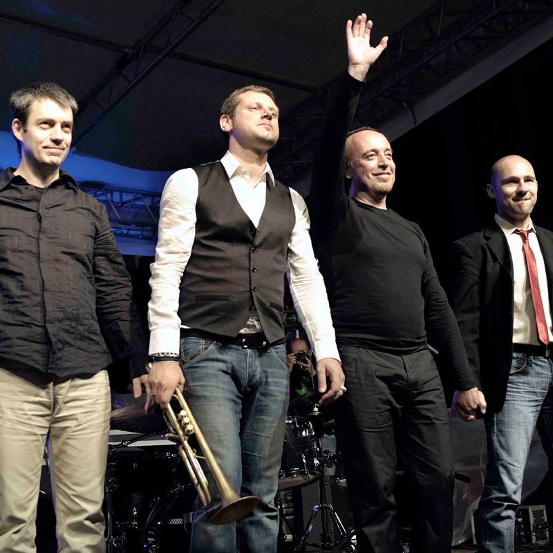 "ROSARIO BONACCORSO TRAVEL NOTES QUARTET<br />""10 Years After""<br />feat.FABRIZIO BOSSO"